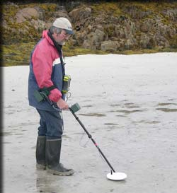 Metal detector survey using a GPS